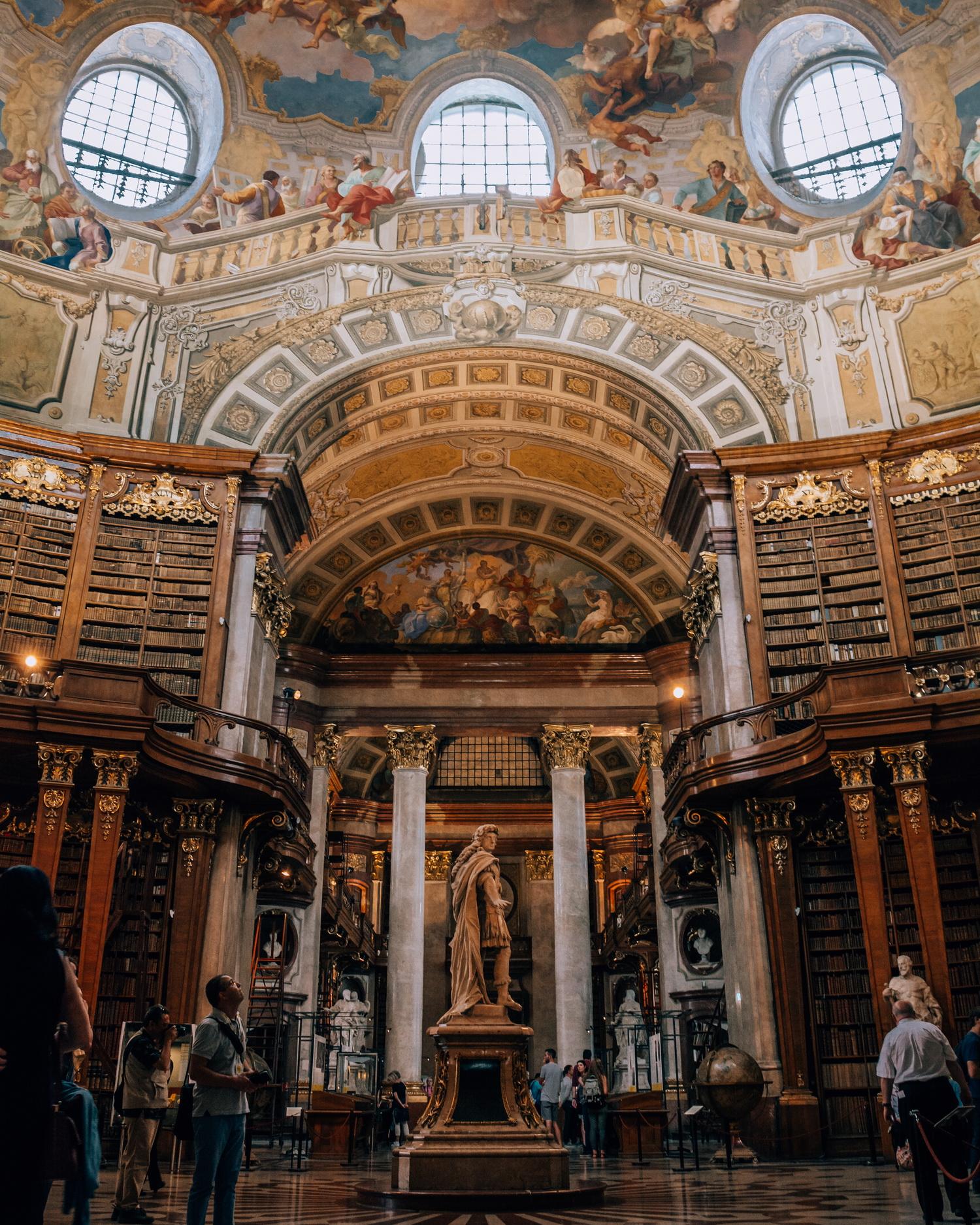 Biblioteca-Nationala-Viena-Austria