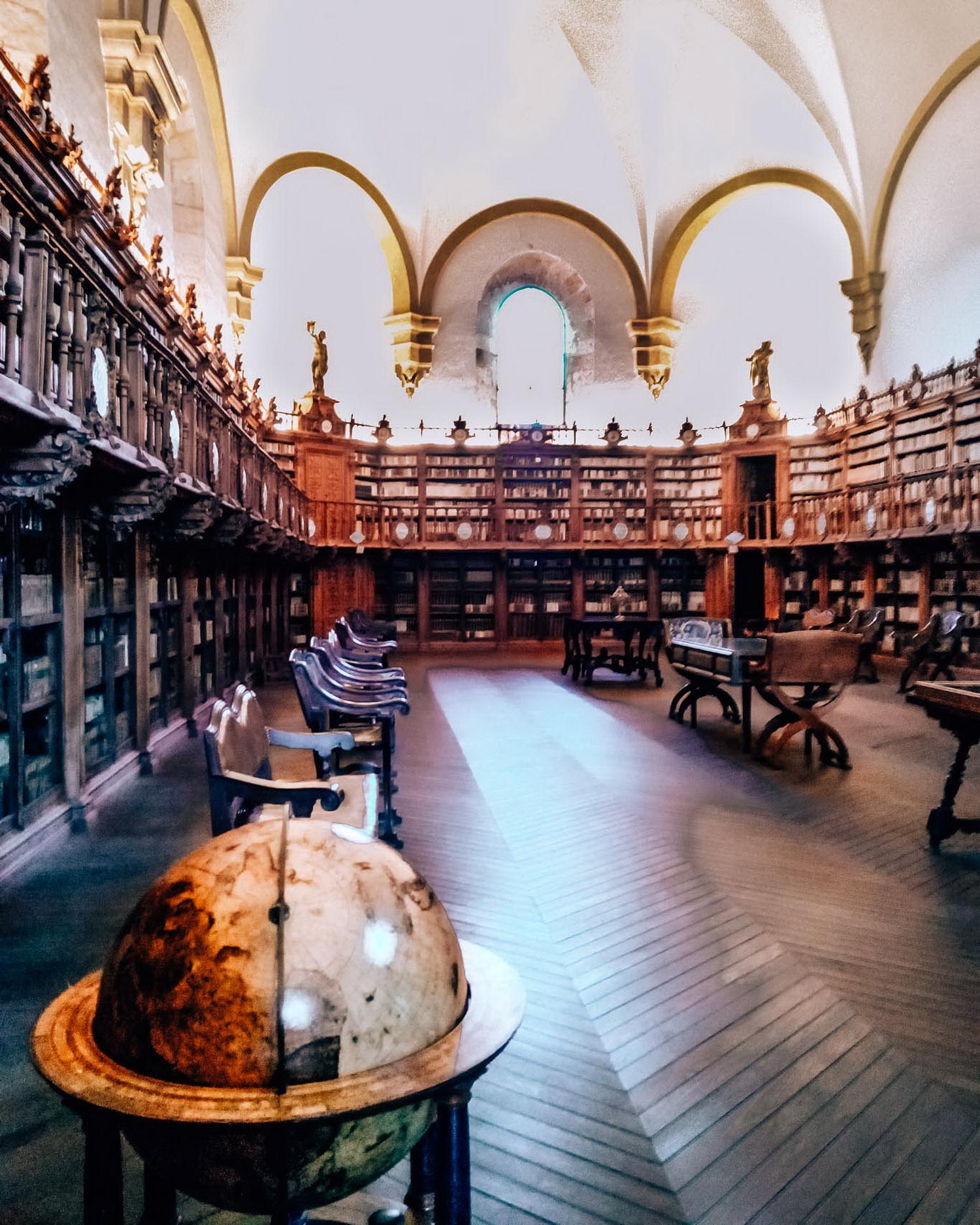 Spania_Salamanca_biblioteca