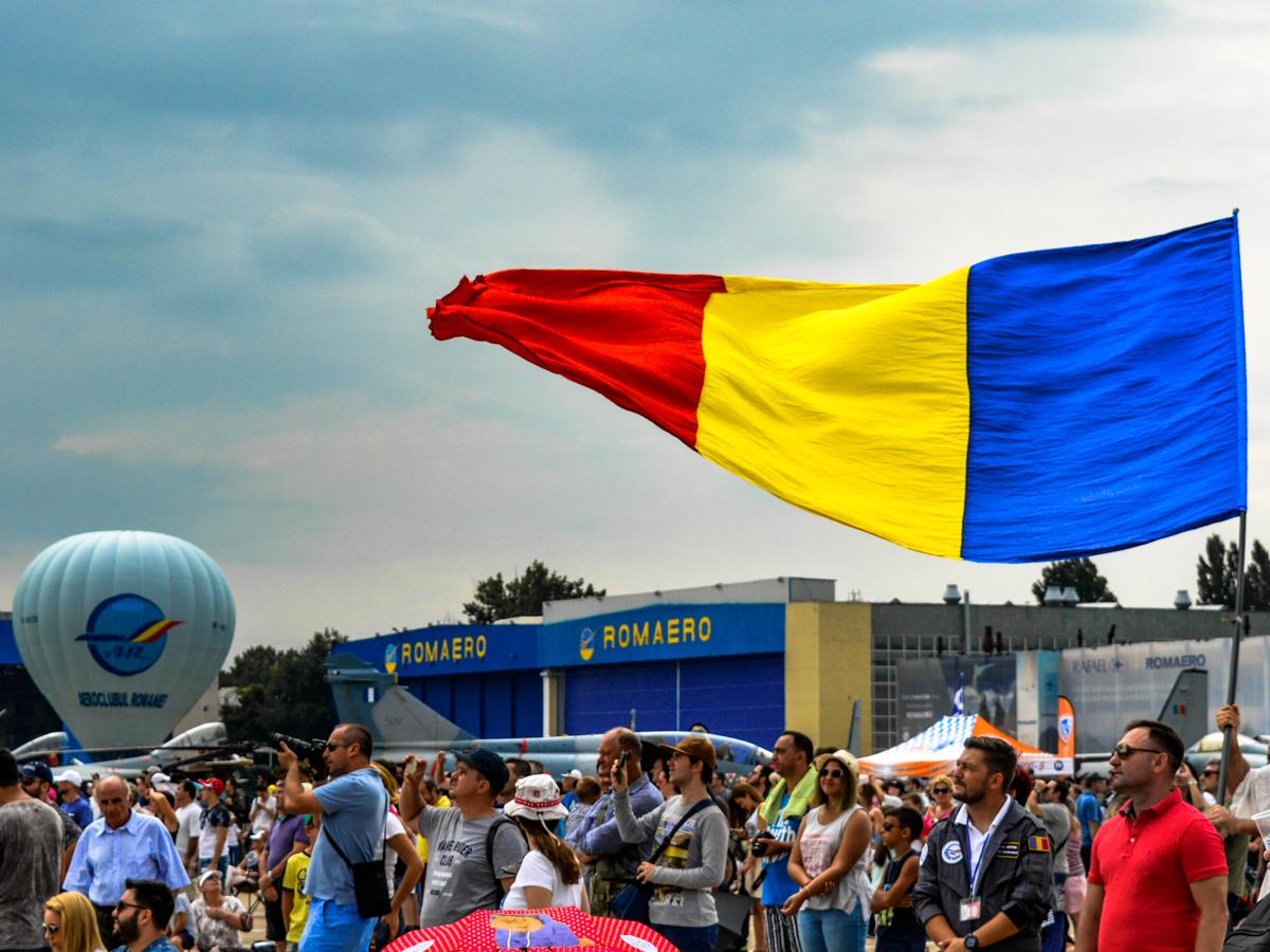 BIAS-Bucuresti-Show-aviatic-loculdelageam