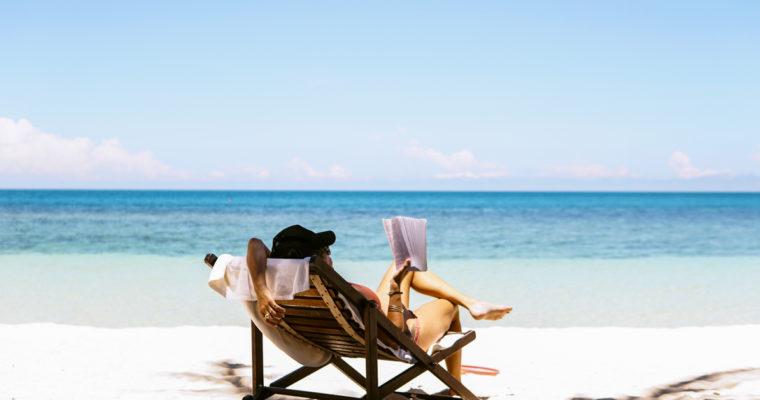 8 cărți pe care să le iei cu tine în vacanță