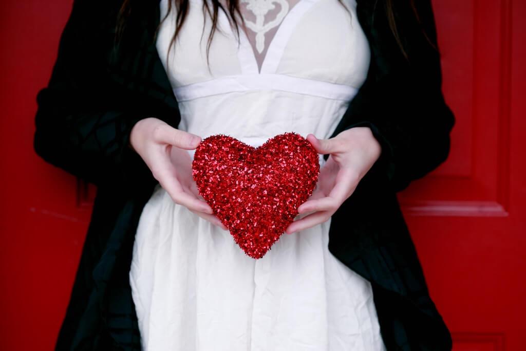 17 Idei de Cadouri pentru Călători – potrivite Valentine's Day & Dragobete