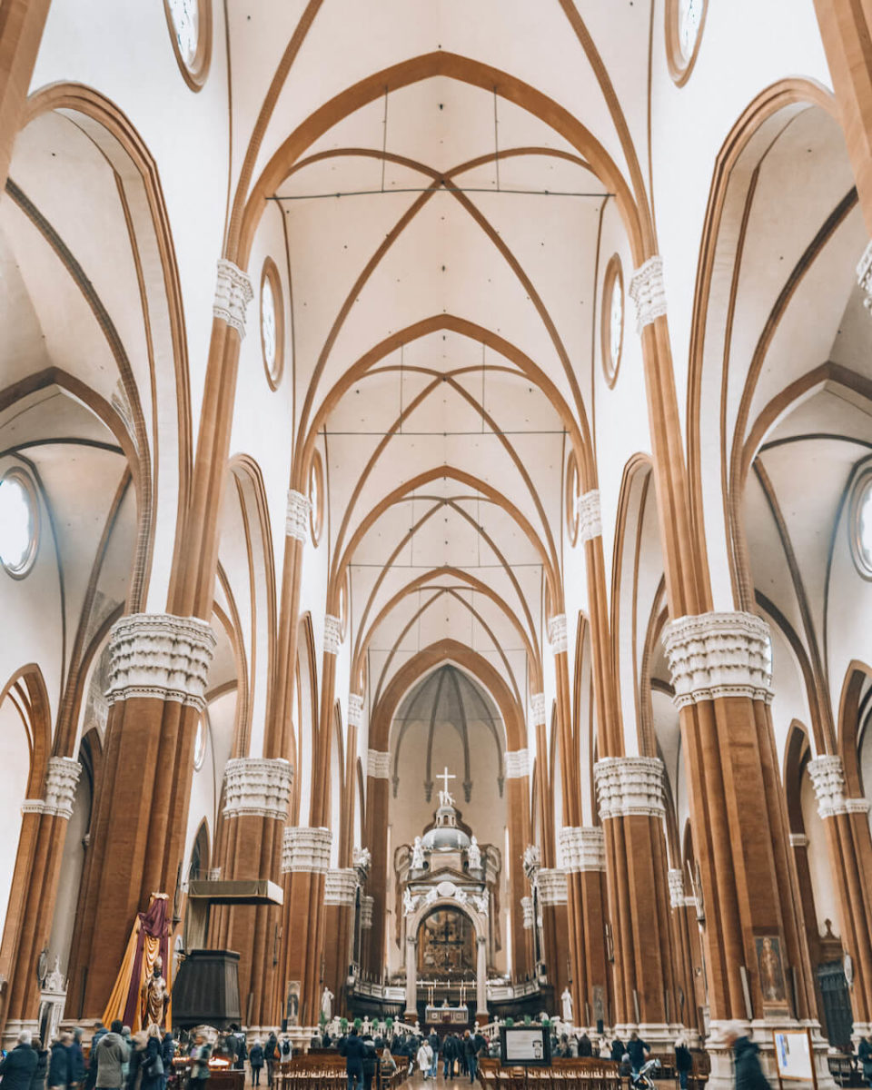 Bologna-Basilica-San-Petronio