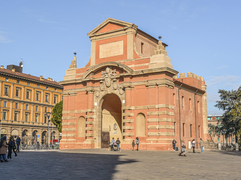 Italia_Bologna_PortaGaliera_loculdelageam