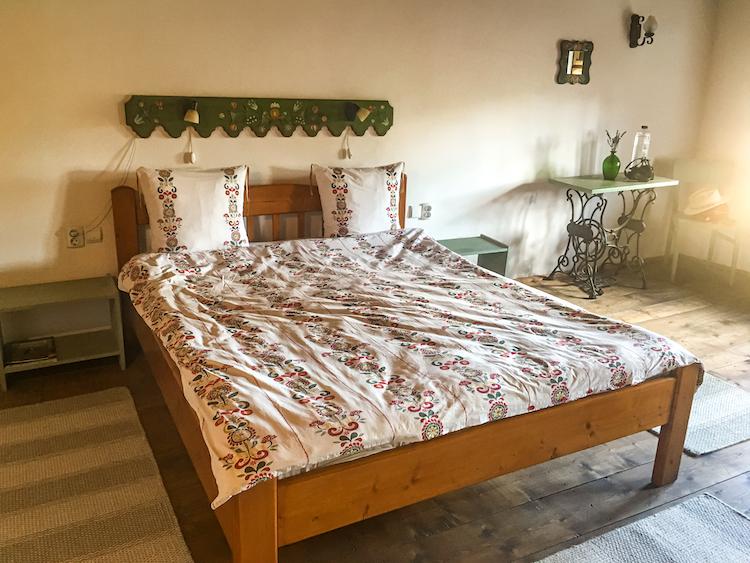 Viscri-cazare-airbnb-romania-loculdelageam