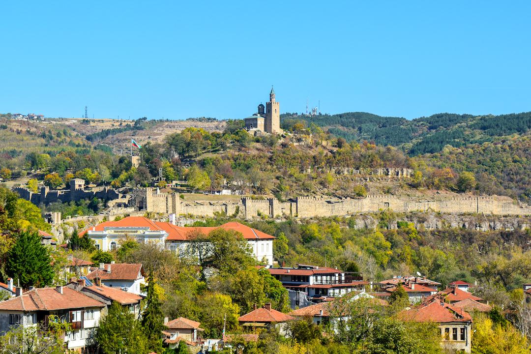 Veliko-Tarnovo-vacanta-Bulgaria-loculdelageam-231-2