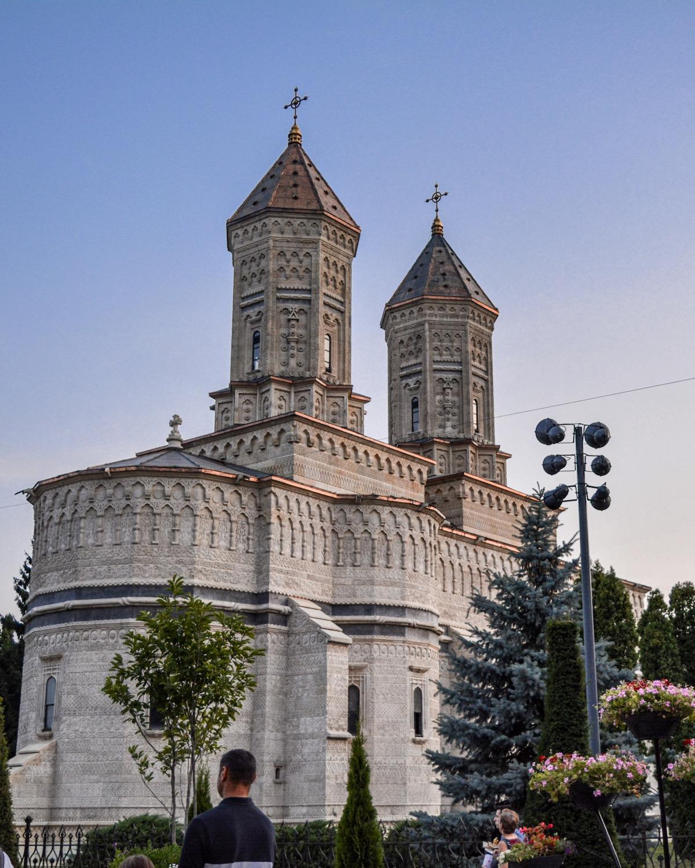 Iași-Mănăstirea-trei-ierarhi-loculdelageam