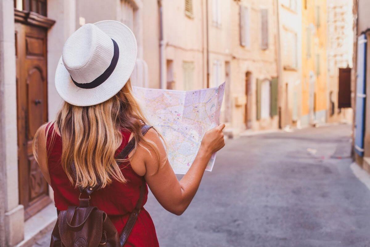 18 idei de cadouri pentru iubitorii de călătorii