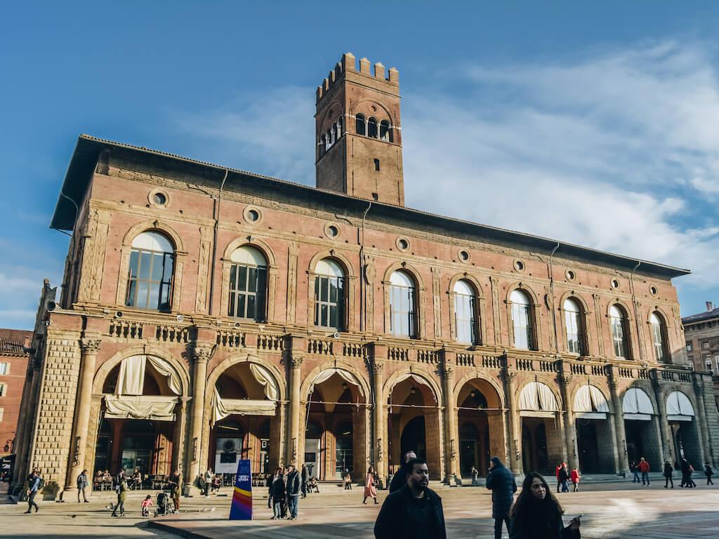 Italia_Bologna_Palazzo-Re-Enzo_Ian2020