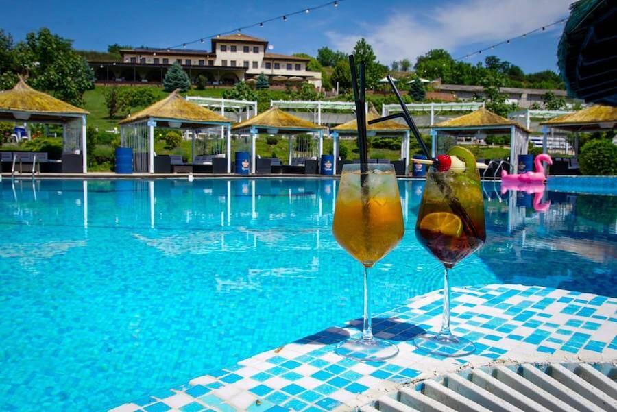 piscina-domeniul-greaca-aproape-bucuresti-imprejurimi-tarife-pret-2020