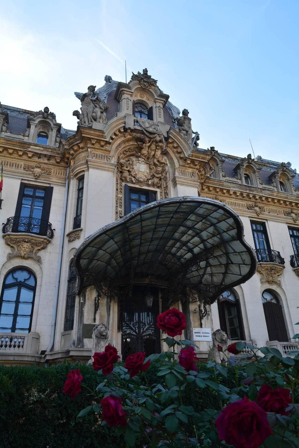 muzeu-george-enescu-calea-victoriei-bucuresti-vizita-turism-locul-de-la-geam.jpeg