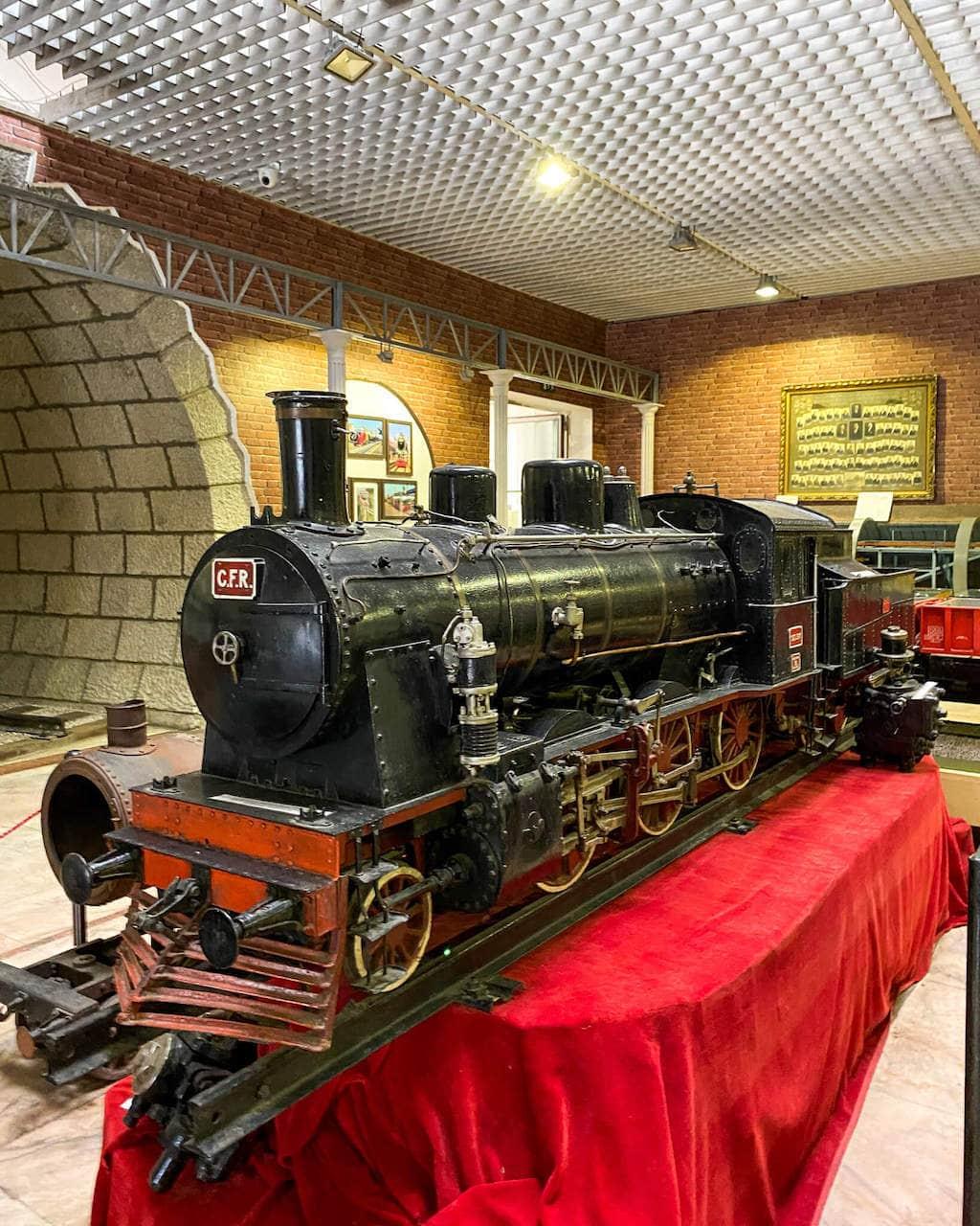 muzeul-cfr-bucuresti-trenulete-gara-de-nord-locul-de-la-geam-1
