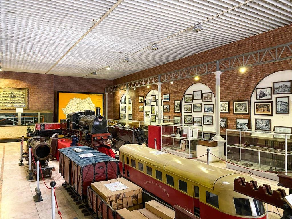 muzeul-cfr-bucuresti-trenulete-gara-de-nord-locul-de-la-geam-5